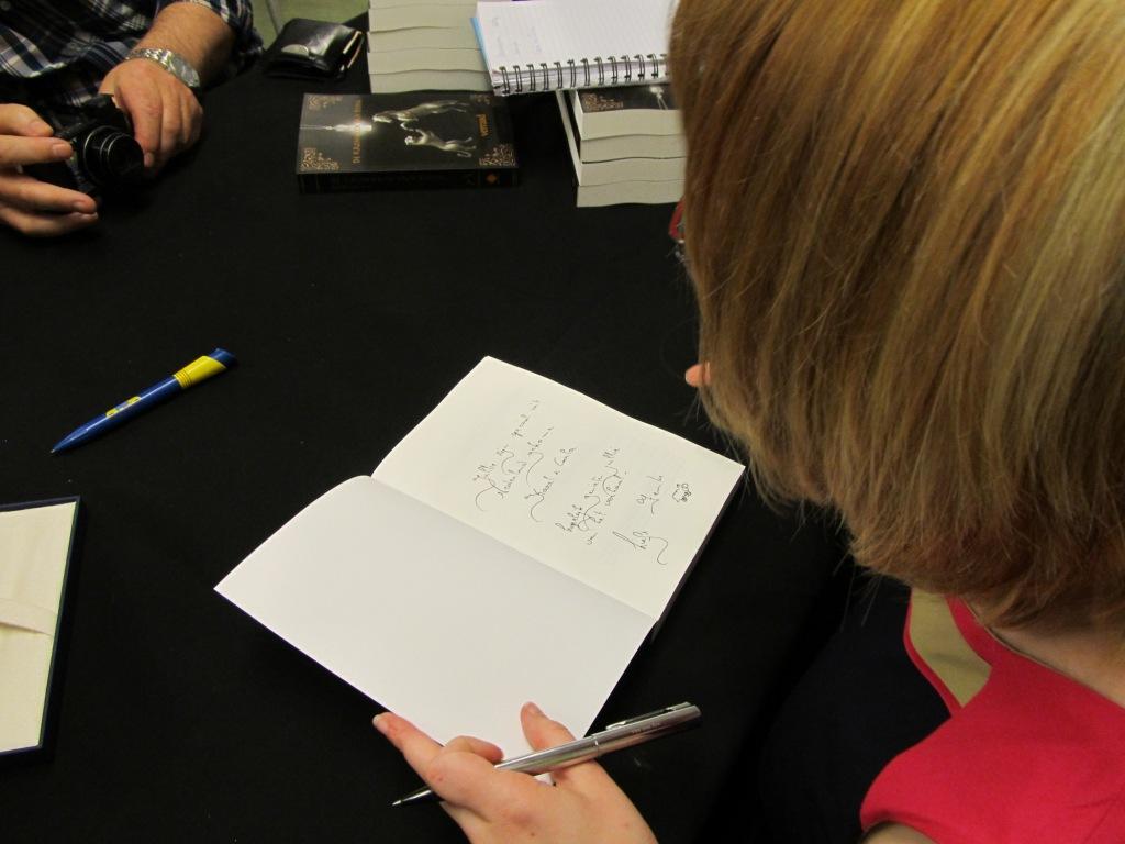Signerende Femke De Vos