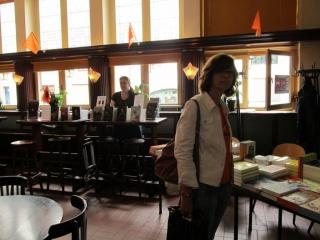 Celtica Publishing naast Boekhandel Wim Krings