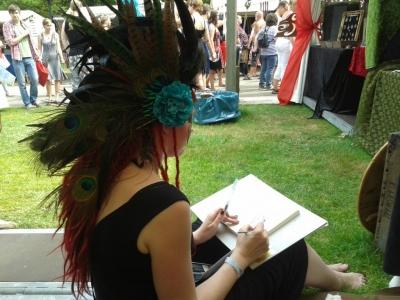 Iris Compiet tekent (signeert) Heksenwaan