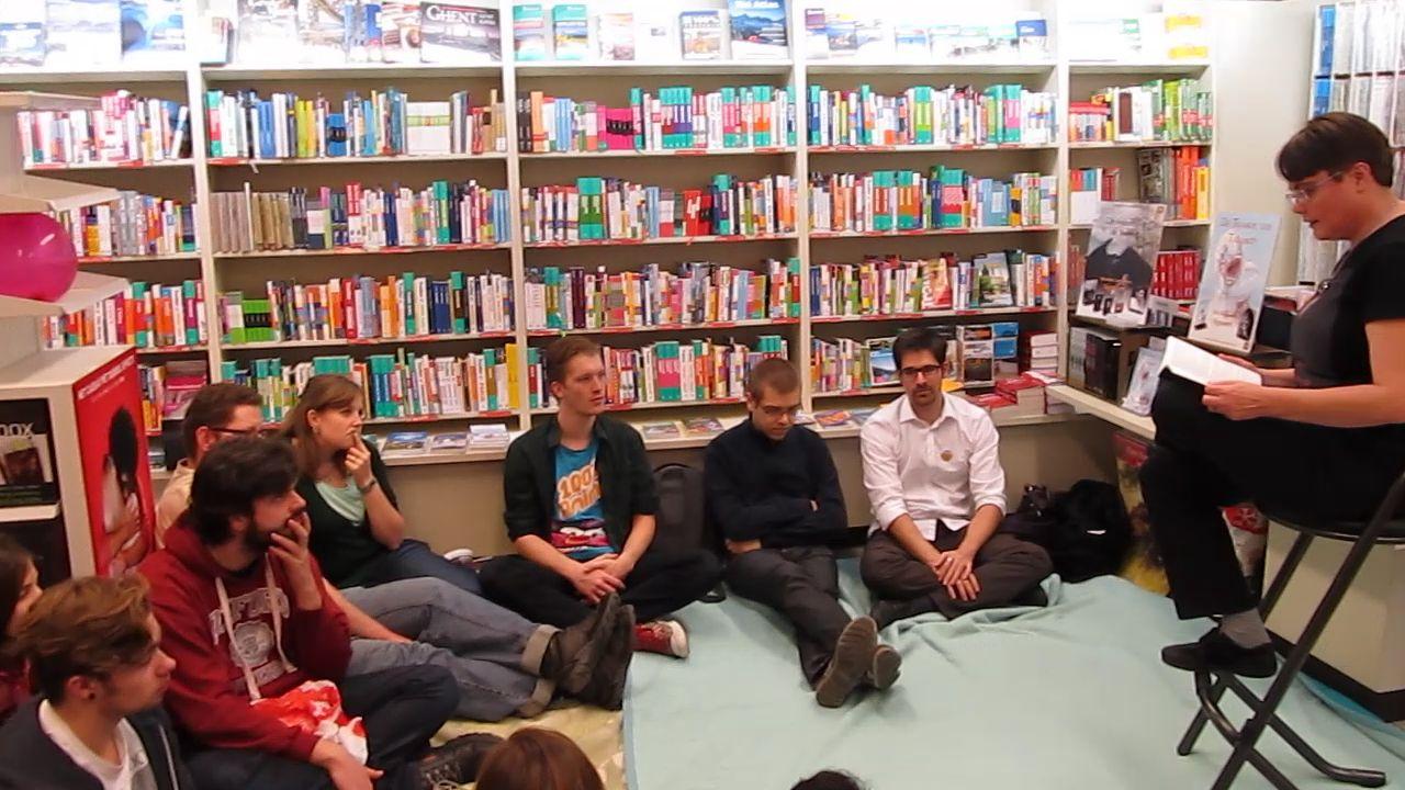Rianne leest voor - Openboekdagen - Standaard Boekhandel Ekeren