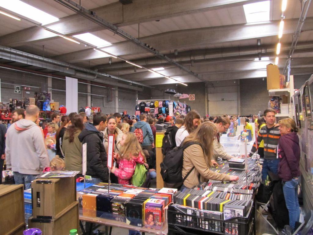 Antwerp Convention 2015: drukte rechts van de kraam om 10.45 uur