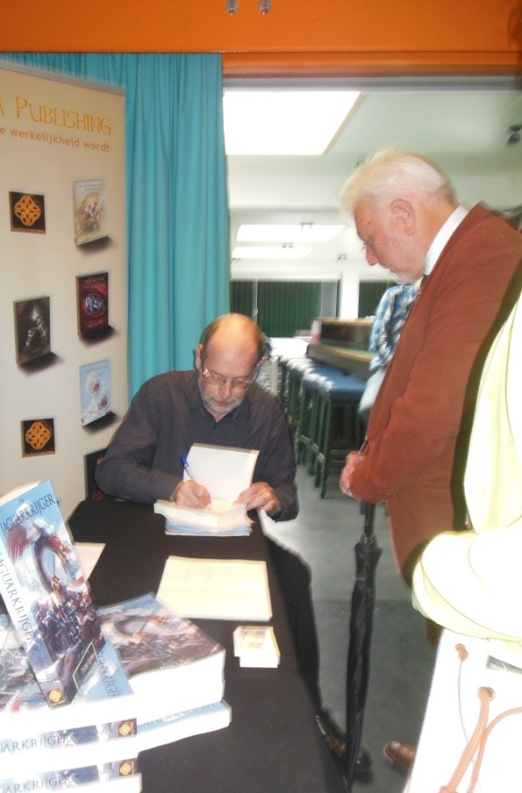 Peter signeert