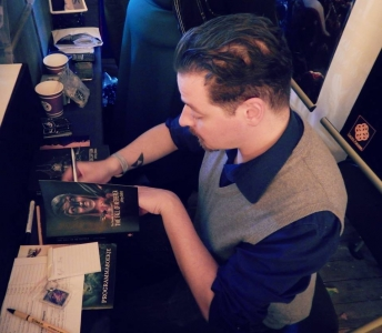 Jeffrey Debris signeert - Castlefest