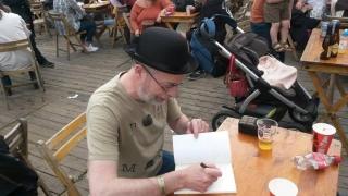 Peter Varg signeert - Elftopia